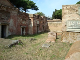 Tombs of Isola Sacra, Roman Empire Necropolis