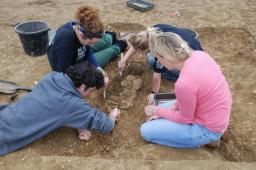 Excavation at Anglo-Saxon Oakington, via Oakington Field School at  Archaeological.org