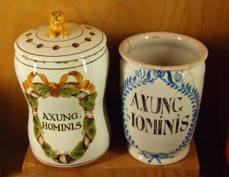 Axung-Hominis Jars from 17th century, made for holding medicinal human fat, via Wikimedia