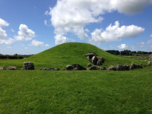 Bryn Celli Ddu passage tomb