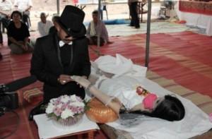 Chinese man marrying his deceased girlfriend, via Just Khaotic