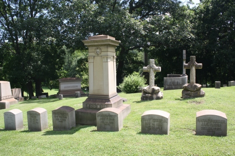 Reeder Plot- example of a family cemetery plot from Pennsylvania, via Wikimedia
